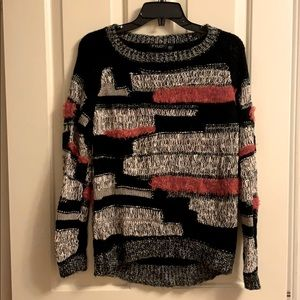Fixed colour knit sweater